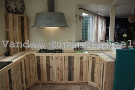 Kitchen makeover with pallets | 1001 Pallets