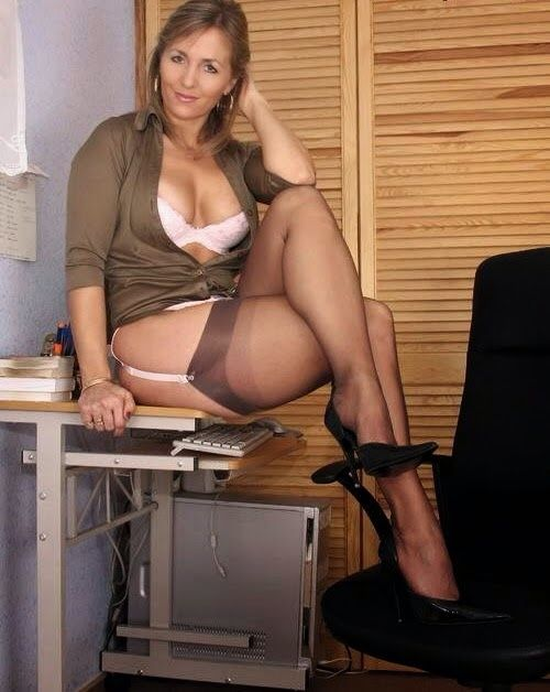 Sex Pictures Mature Stockings 25