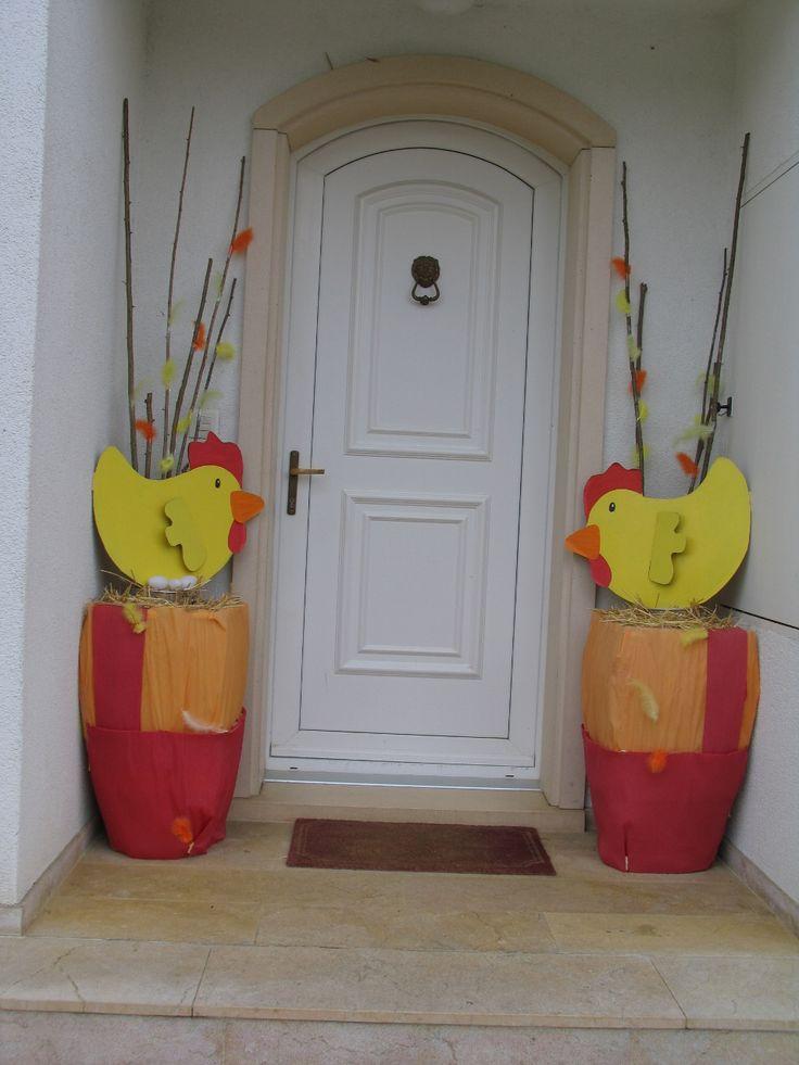 Déco Pâques, poules en carton récup #paques #deco www.pinterest.com/fleurysylvie  et www.toutpetitrien.ch