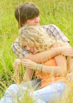 Taylor swift. Tim McGraw music video. So cute