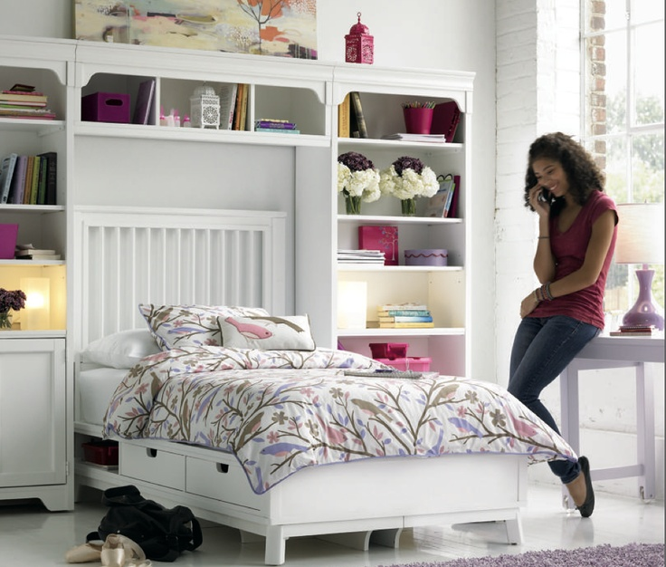 Over Bed Design Ideas For Asymmetric Rooms