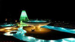 die pyramide : Wellnesshotel Österreich - AQUA DOME