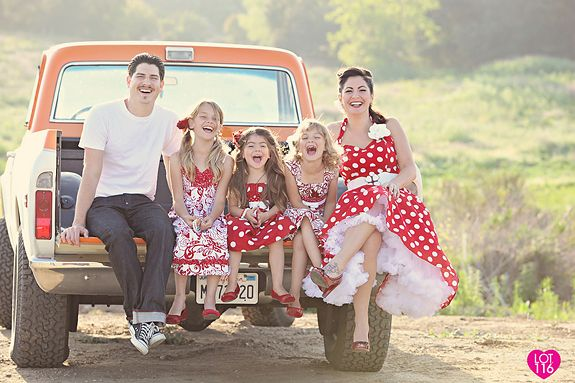 great vintage inspired photo session.  Love the family in the back of the truck.