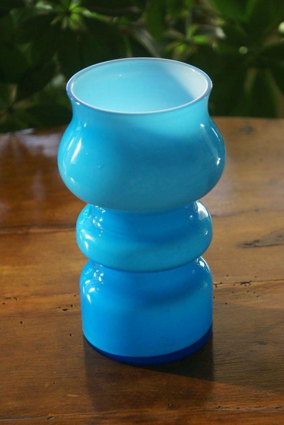 Blå retro vase i glass