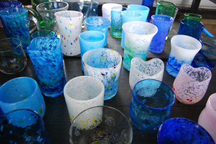 【沖縄おすすめ情報】 琉球ガラス工房海風/読谷村 体験で作ることができる作品例。その多様さにびっくり!