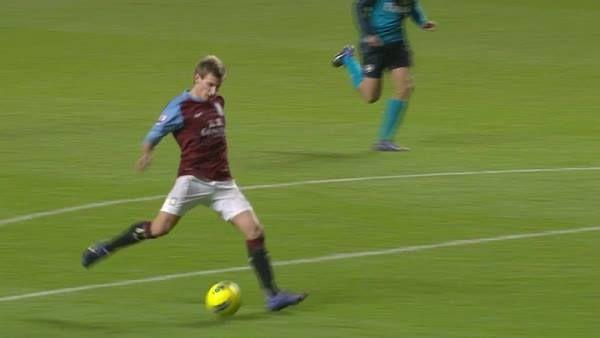 Marc Albrighton scored a historic PL goal for Aston Villa FC in 2011  #PLMoments