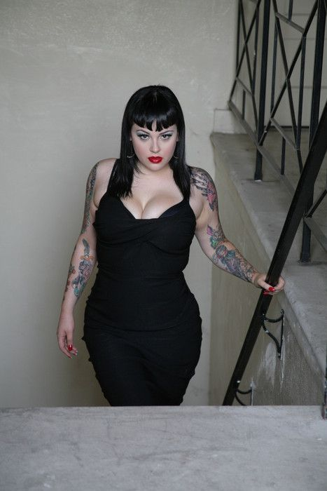 263 best images about sexy curvy fat girls on pinterest for Chubby tattooed girls