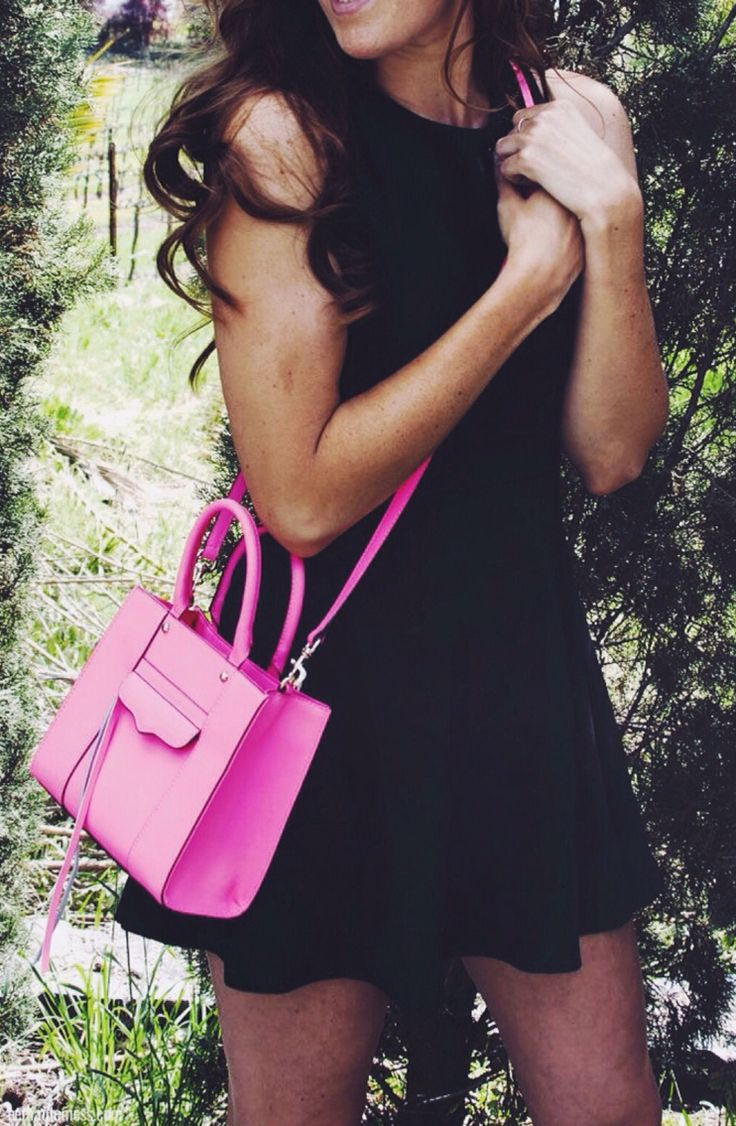 Pink purses and pretty persons