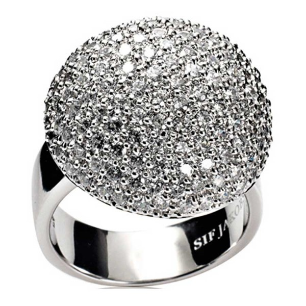 Got this amazing Sif Jakobs ring from my boyfriend on Christmas Eve. Mine has black stones <3