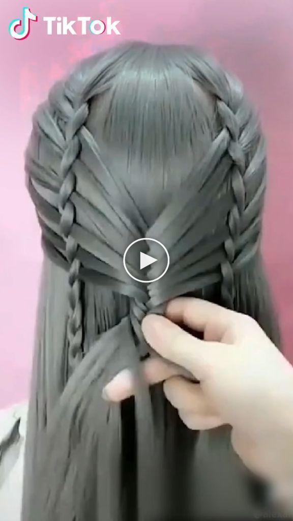 Super facile d'essayer une nouvelle coiffure #! Téléchargez #TikTok aujourd'hui pour plus de coiffure #coiffurescourtes #ideesdecoiffure