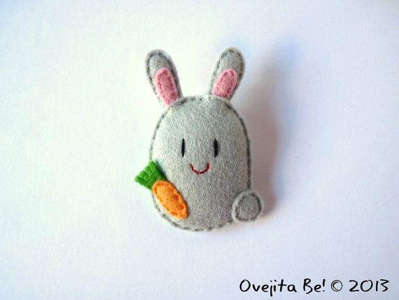 Spilla di Bunny feltro grigio Jumper di ovejitabe su Etsy