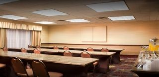 Hotel Embassy Suites Flagstaff, Grand Canyon National Park Area - AZ: Nestled in the heart of Flagstaff,… #Hotels #CheapHotels #CheapHotel