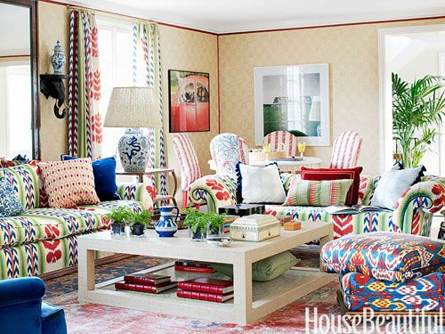 Photos Of A Cheerful and Preppy House