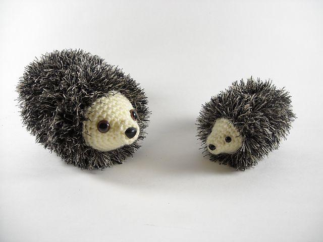 Free Amigurumi Hedgehog pattern with #FunFur
