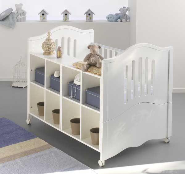 Giano! Il lettino trasformabile! In primopiano il lato nursery, quando il bambino cresce il letto si allunga....cerca le sue trasformazoni nel catalogo Azzurra design!