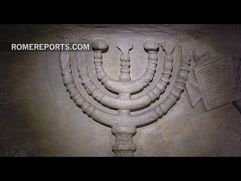 El Vaticano acoge una exposición sobre la Menorá, símbolo más antiguo de...
