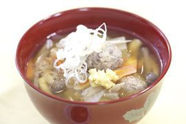 "NHK WORLD TV   Your Japanese Kitchen   <span style=""font-style: italic;"">Tsumire-jiru</span> Fish Ball Soup"