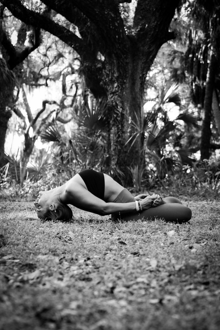 A Yoga Photoshoot: What to Expect - The Journey Junkie