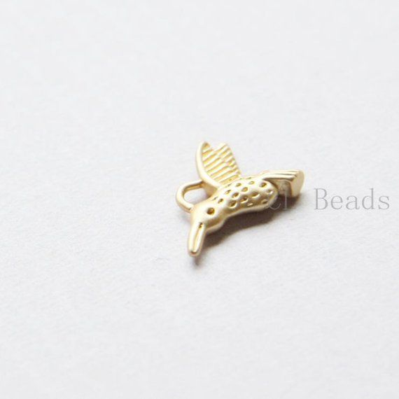 1659C-S-211 4pcs Matte 16K Gold Plated Brass Base Charms-Hummingbird 12x15mm