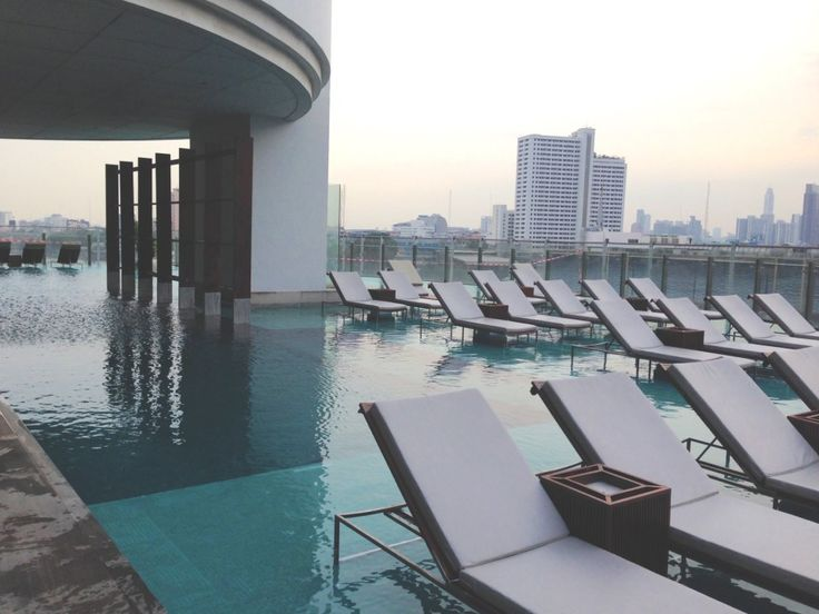 Pool area at the Millennium Hilton Bangkok Hotel, Thailand