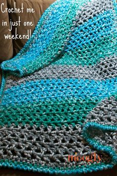 Weekend Weather Afghan - whether it's stormy, cloudy, or bright and sunny out, you can crochet this quick and easy blanket in just one weekend! Free crochet pattern on http://Mooglyblog.com!