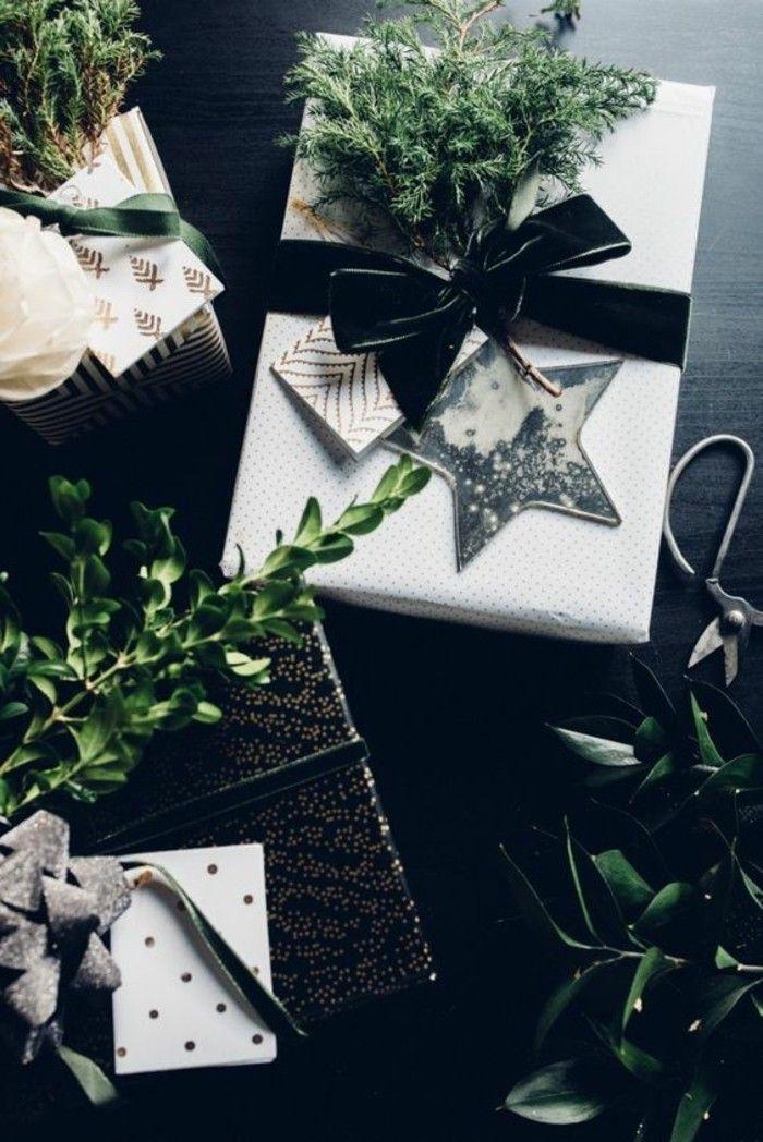 geschenkverpackung zu weihnachten selber machen schwarze schleife zweige und geschenkverpackung. Black Bedroom Furniture Sets. Home Design Ideas