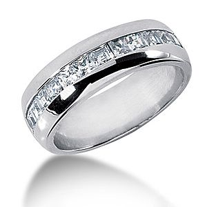 18K Gold Diamond Mens Wedding Ring 120ct
