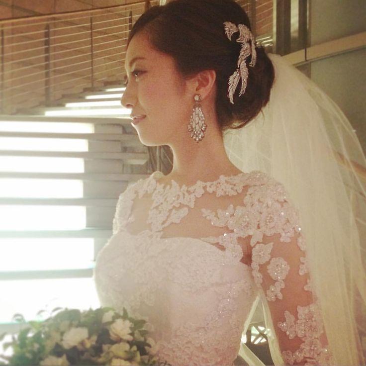昨日の @grandhyatttokyo のブライダルフェアで新作のヘアアクセを合わせたらすごく素敵だった♡人気ものになりそう。  #wedding #weddingdress #bridal#instawedding#ウェディング#ウェディングドレス#ブライダル#ブライダルフェア#グランドハイアット東京#grandhyatttokyo #ブライダルフェア#結婚式#結婚式準備#アクセサリー#ヘアアクセサリー#hatsukoendo#ハツコエンドウ