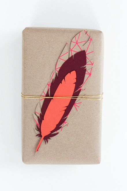 gift wrapCrafts Ideas, Gift Ideas, Diy Gift, Gift Wraps, Gift Tags, Handmade Gift, Feathers Tags,  Quilling Pens, Feathers Gift