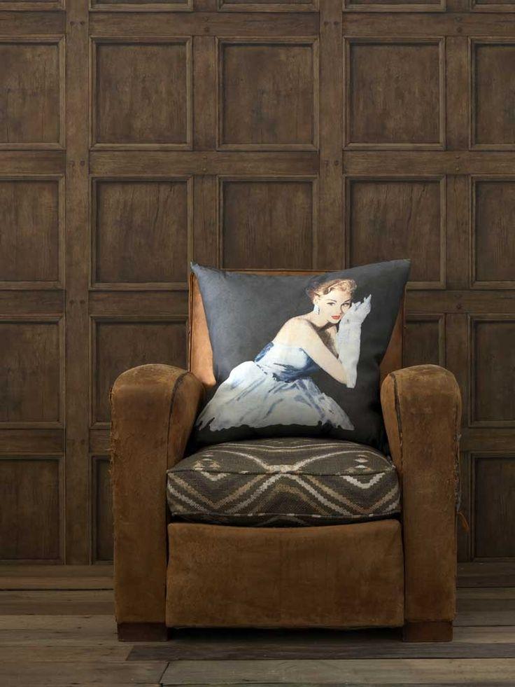 Regent Oak Wallpaper A Trompe L 39 Oeil Wood Panel Wallpaper Design By Andrew Martin Tapeter