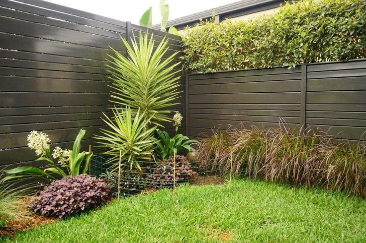 Use any size spacing between fence slats and the ability to install the slats on an angle to create a louvre style.