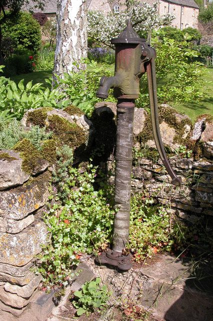 125 best Old water pumps images on Pinterest   Old water pumps ...