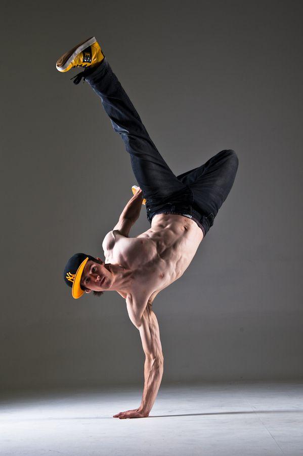 Bboy Flyin' Foxy by Paul Mulligan on 500px