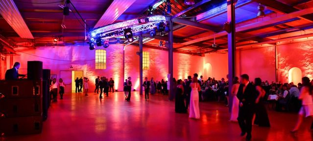 Eventea Fabrik am Schloss Solingen - Top 20 Firmenevent Locations in Köln #firmen #event #location #top #20 #in #köln #veranstaltung #organisieren #eventinc #beliebt #business #party