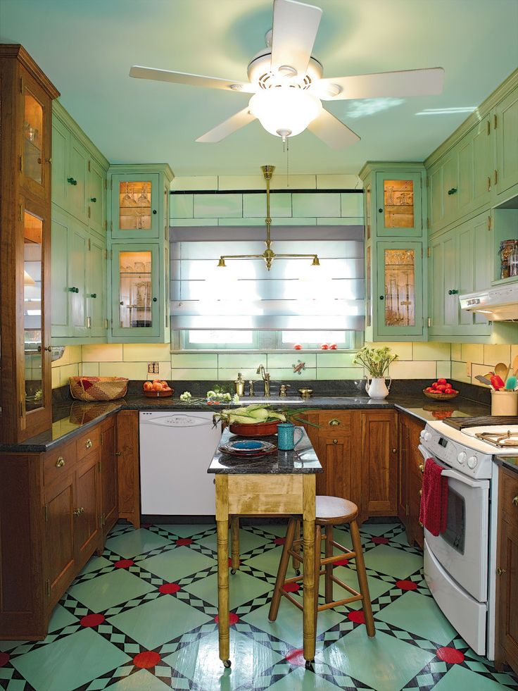 Traditional Painted Floors Vintage Kitchen Decor