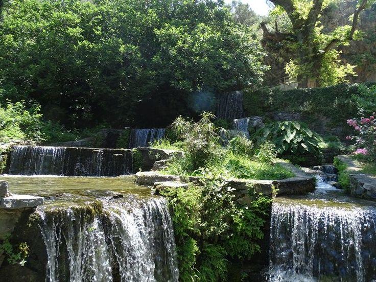 Réthymnon Réthymnon est l'une des plus jolies villes, à la fois de Crète mais aussi de Grèce. La vieille ville de Réthymnon, avec ses ruelles colorées , so