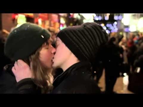 Kraftklub - Songs für Liam (official video) - YouTube