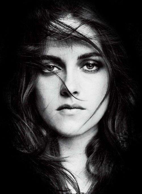 Favorite Kristen Stewart Pictures 322/500