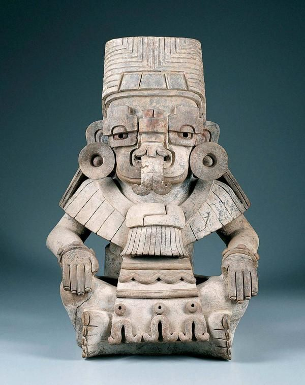 Urn In The Form Of Cociyo, God Of Lightning And Rain  .                                    Mexico, Oaxaca, Monte Albán IIIa, Zapotec culture        Early Classic period (A.D. 250–600)        c. A.D. 400–500        Ceramic