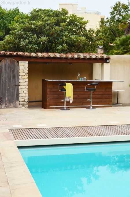 17 best ideas about pool bar on pinterest patio bar outdoor bars and garde - Piscine pool house des idees ...