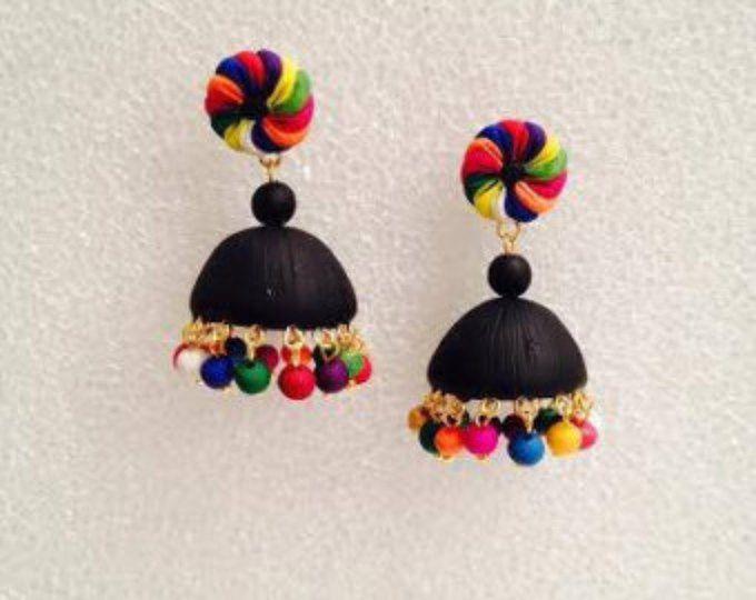 Jhumka en argile polymère à la main / jhumki boucles d'oreilles noirs, multicolores et or
