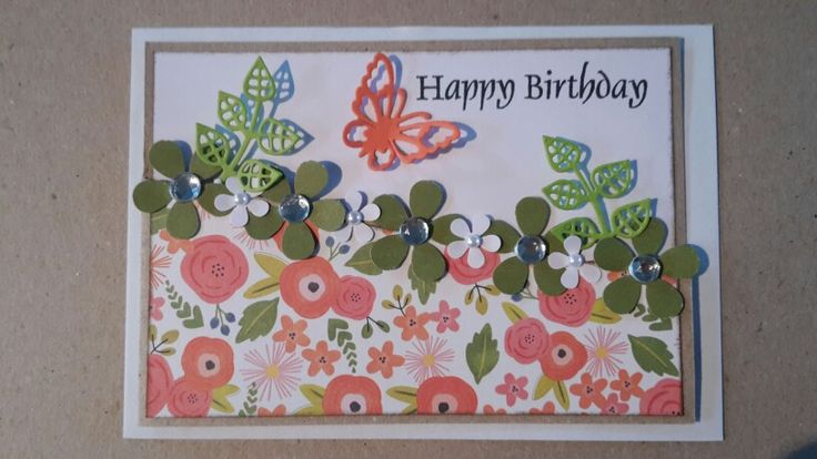 Kort. Fødselsdag. Happy Birthday. Sommerfugl. Blomster.