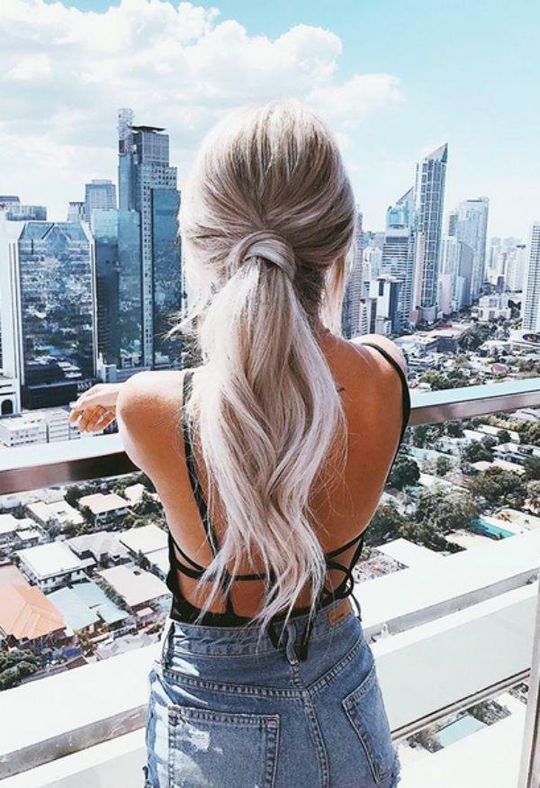 21 Silber Haarfarbe Ideen, diese Saison Grey  #diese #haarfarbe #ideen #saison #silber