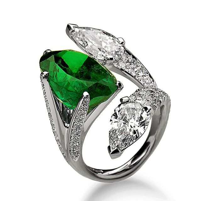 http://rubies.work/0968-sapphire-pin-brooch/ 0003-contentdays-return-refunds/ #scavia   Emerald  and  Diamond  Ring