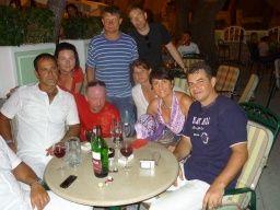 naše skvělá parta. A několik historických fotek z let 2008 - 2010. Baška Voda -Trio Adriana, bungalovy Uranija, Croatia. Další fotky na: http://jhrdy.webgarden.cz/rubriky/chorvatsko-2014/baska-voda-kemp-basko-polje.  #JiříHrdý #BaškaVoda #Baškopolje #Adria #Jadran #Chorvatsko #Hrvatska #Croatia #Kroatien #Dalmácie #Dalmatien #dovolená #cestování #travel #travelling #Urlaub http://jhrdy.webgarden.cz/rubriky/chorvatsko-2013/baska-voda