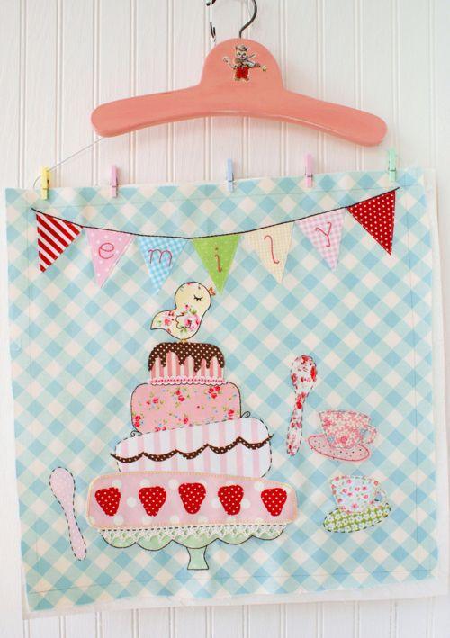 Sweet wall hanging: Birthday Banners, Love Cakes, Nana Company, Ideas Para, Free Patterns, Photo, So Sweet, Birthday Cakes, Sweet Cakes