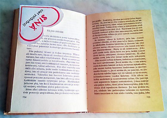 Valentinea ystäville! Kirjanmerkki tekee tehtävänsä.