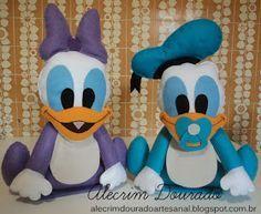 Essa turminha Baby Disney é mesmo uma fofura, não é?   Desenvolvi esse trabalho há um tempo atrás para decoração de festas. Como não en...