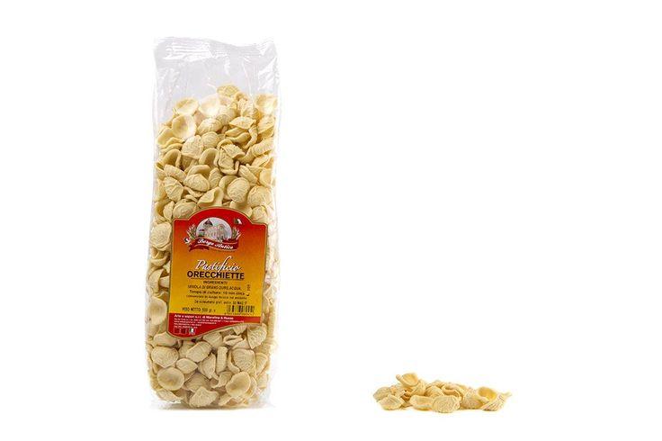 Orecchiette di semola, pasta tipica pugliese. Prezzo: 2,49€