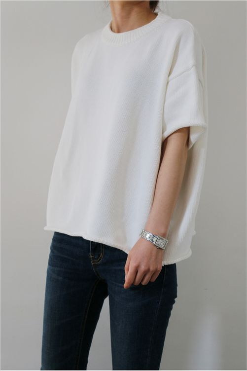 oversized short sleeve white knit, classic watch & jeans #style #fashion